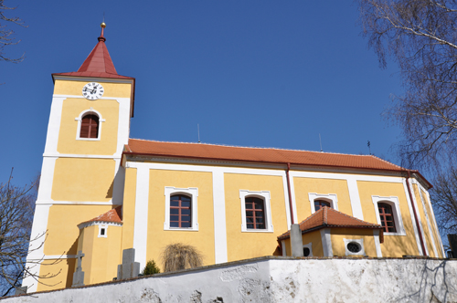 Rekonstrukce fasády kostel Naloučany