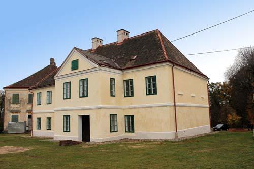 Fasáda zámku Waldstein