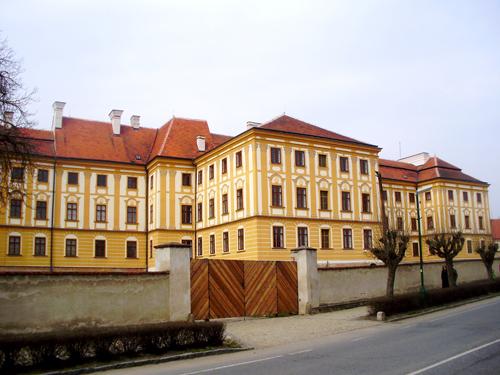 Oprava fasády Jaroměřice nad Rokytnou